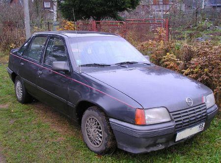 Автомобиль opel kadett e седан 1987 г в